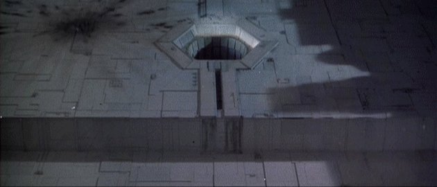 animation of torpedoes dropping into the exhaust port